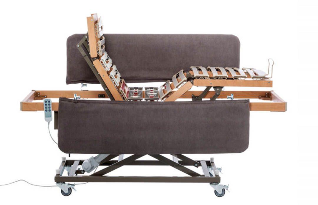letto-da-degenza-con-sponde-rivestite-italianamaterassi-690x541